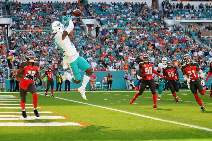 Dolphins' Landry Signs $16 Million Franchise Tag