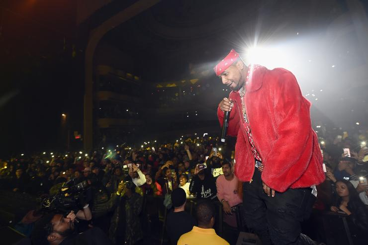 #BRUHNews: Juelz Santana Breaks North From Airport After Gun Found At Checkpoint