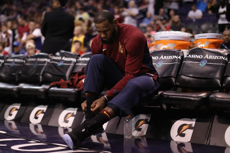 LeBron James made history with a ridiculous stat line in comeback win