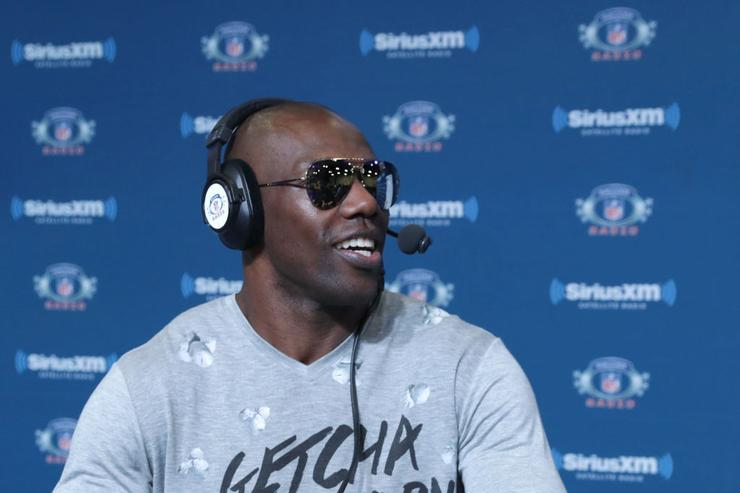 In unprecedented move, Terrell Owens won't attend Hall of Fame induction ceremony
