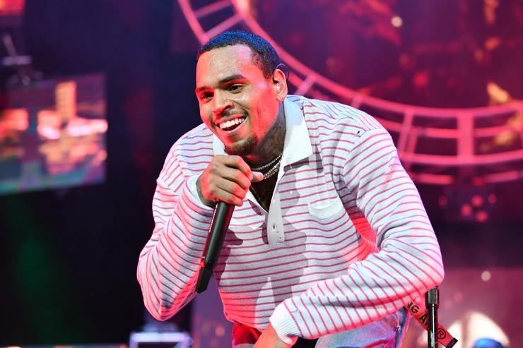 Chris Brown Arrested For Warrant In Florida