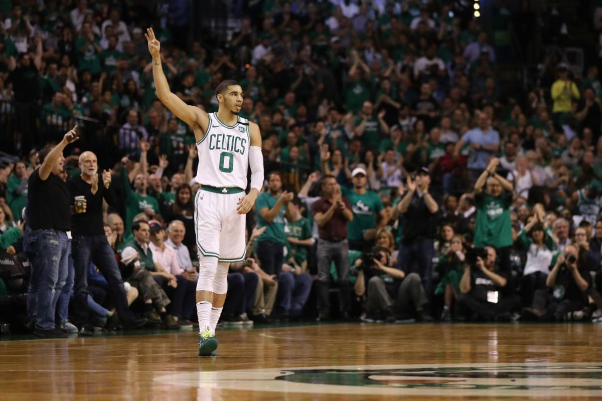 competitive price be363 903af Jayson Tatum Debuts Nike Kyrie 4