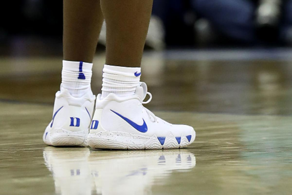 designer fashion 65061 fbba9 Nike Crafts Special Edition Kyrie 4 For Zion Williamson's Return