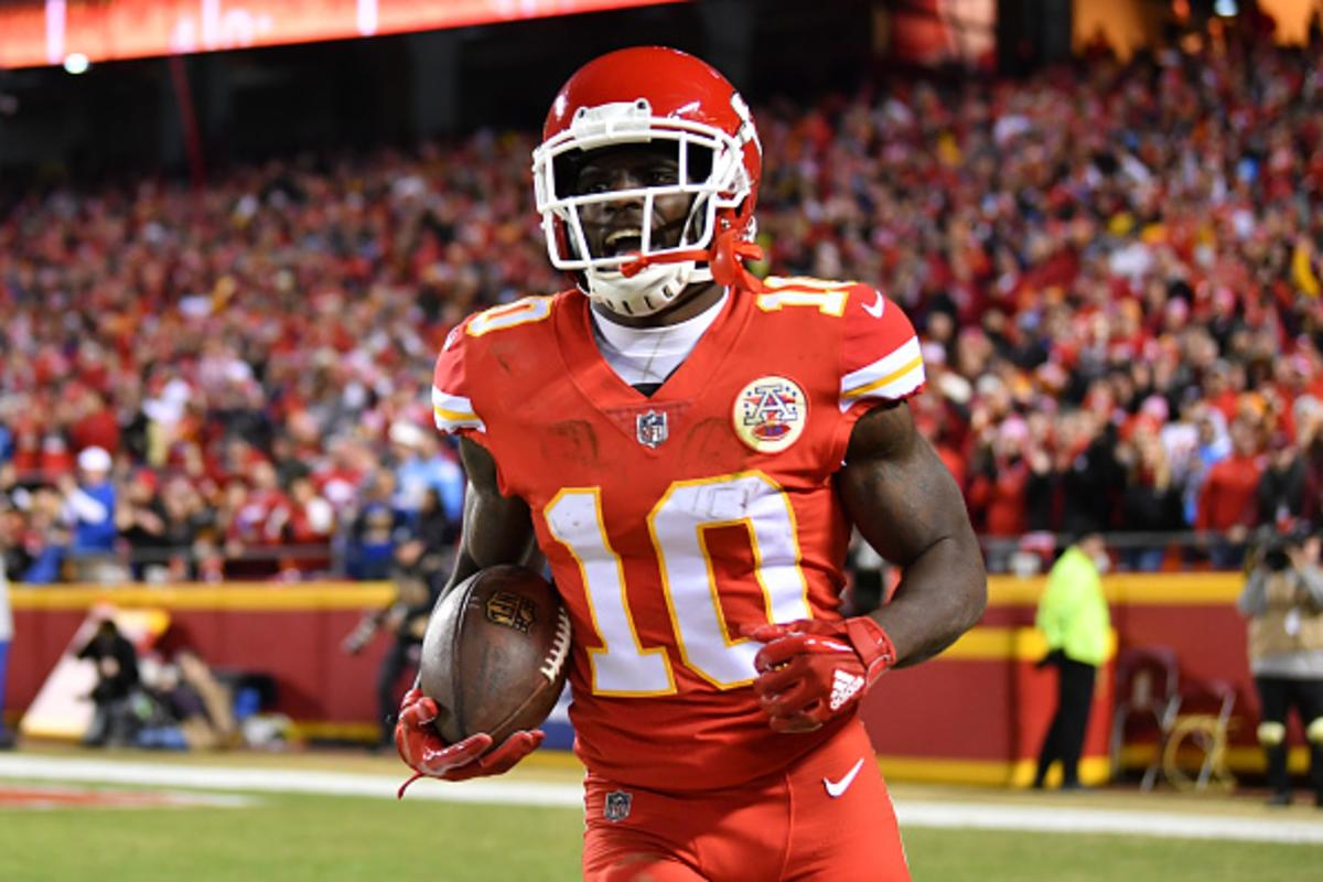Tyreek Hill Reportedly Investigated In Two Separate Child Abuse Incidents ee1e50966