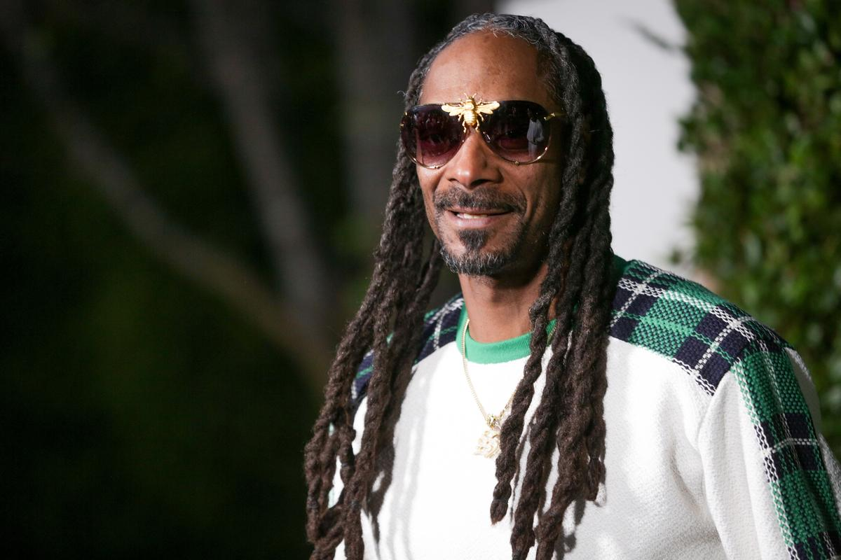 Snoop Dogg Thanks Nipsey Hussle After L A  Gang