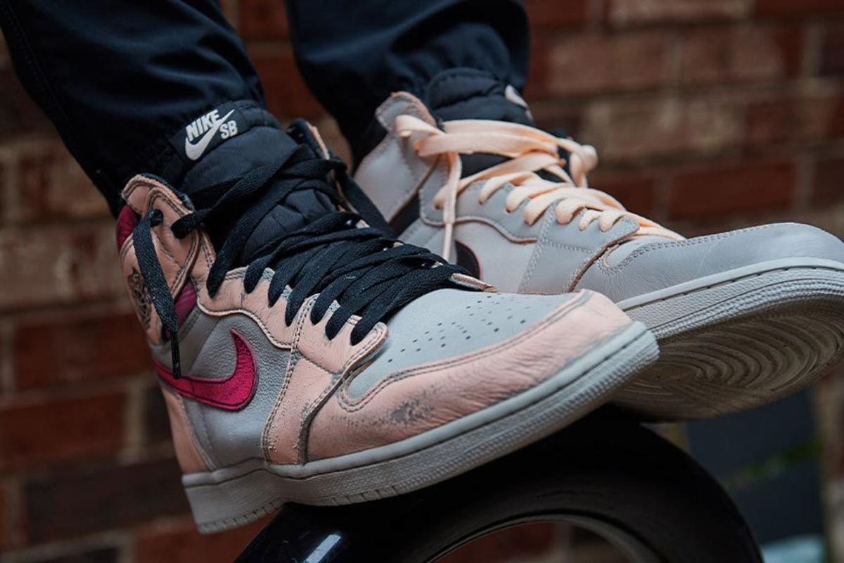 b8d7a10b9b3 Color-Shifting Nike SB x Air Jordan 1