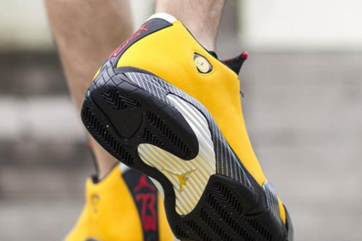 official photos a34d4 23415 Air Jordan 14 SE